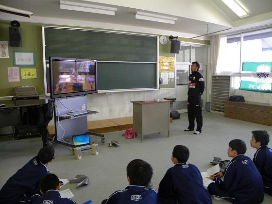 職業講話(三田コーチ) 1.JPG